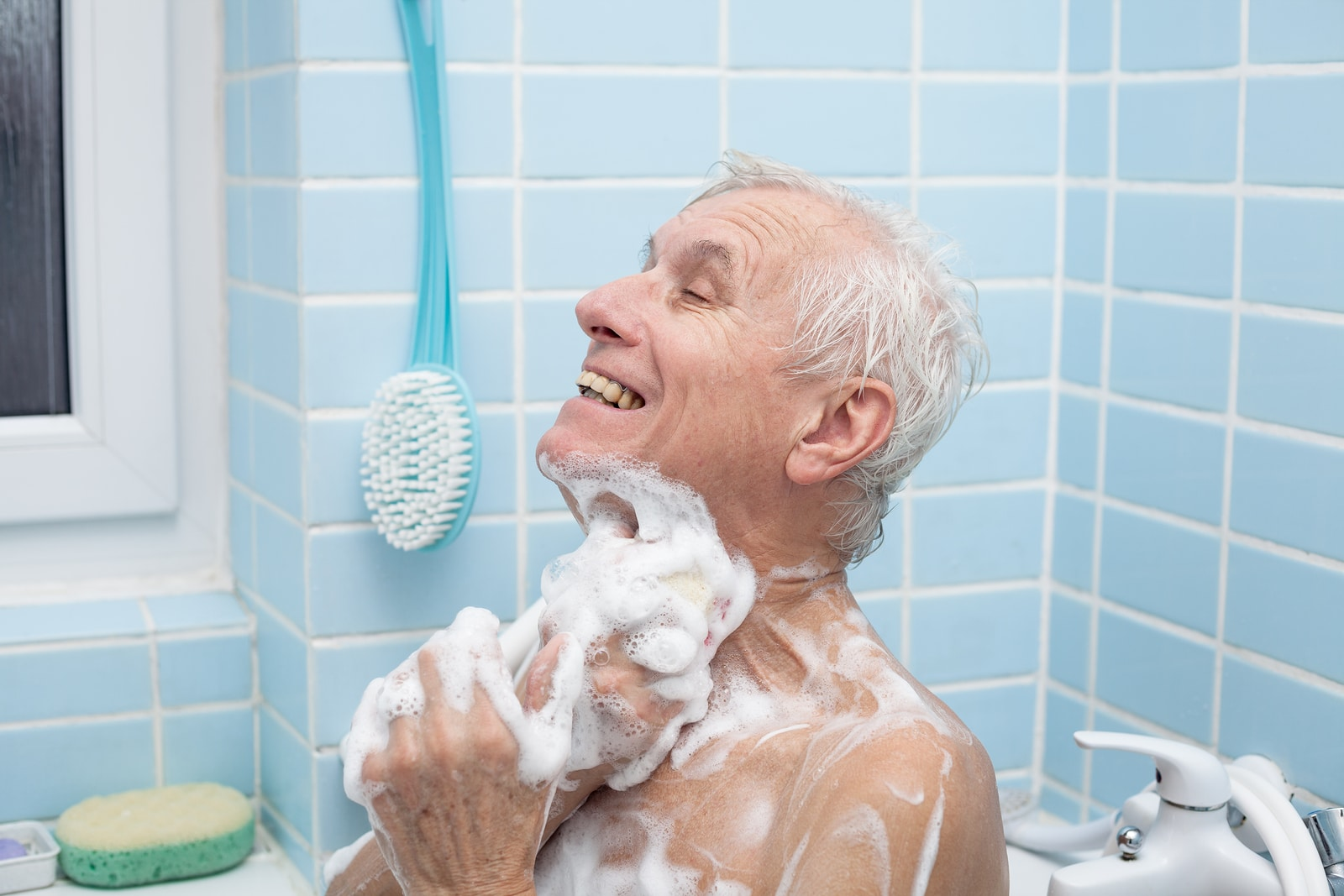 Senior Care in Oakwood GA: Senior Bathing Solutions