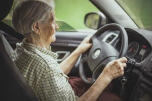 Caregiver in Dacula GA: Start Evaluating Your Senior's Driving
